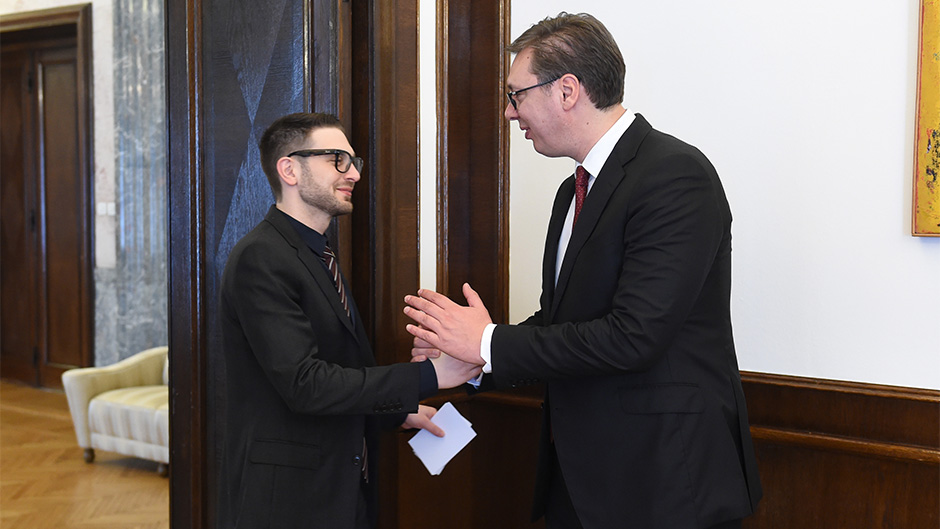 PROTOKOL: Soroš, mlađi sa Vučićem o Kosovu