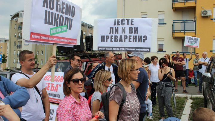 DIVLJA GRADNJA: Stanari (i dalje) protiv izgradnje crkve – brvnare u naselju Stepa Stepanović