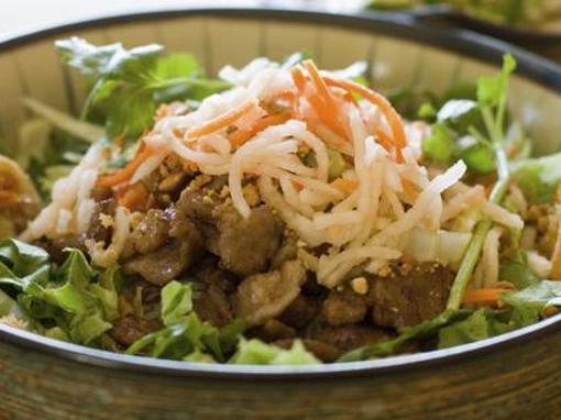 RECEPT: Vijetnamska salata