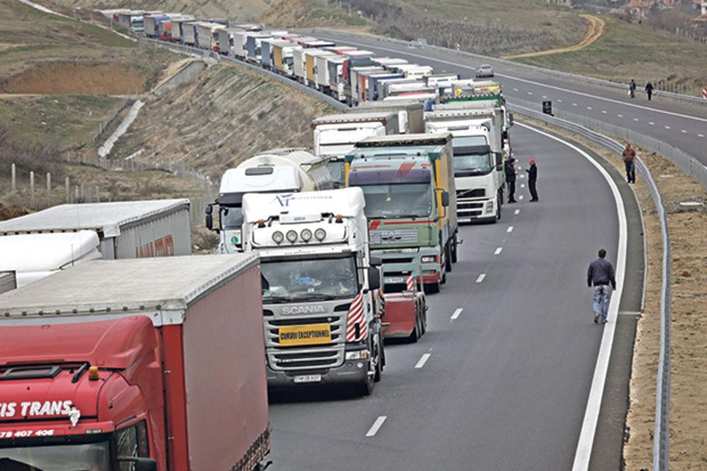 (NE) ZVANIČNO: Kosovski kamioni ne mogu preko Srbije?