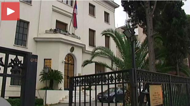 GRČKA: U ambasadi Srbije upao naoružani muškarac