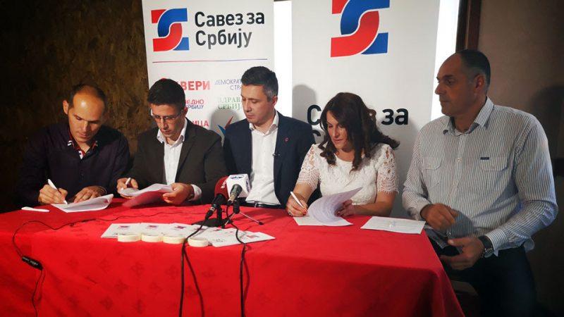 OPŠTINSKI IZBORI: Počela kampanja Saveza za Srbiju u Lučanima