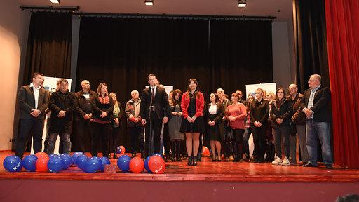 Savez za Srbiju: Prepuna sala na završnoj konvenciji u Dragačevu