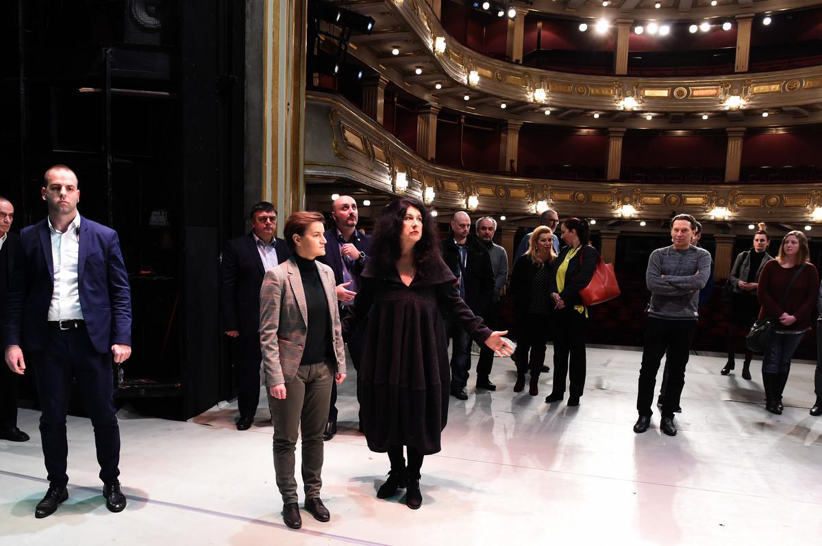 Premijerka obišla zgradu Narodnog pozorišta i najavila veća ulaganja
