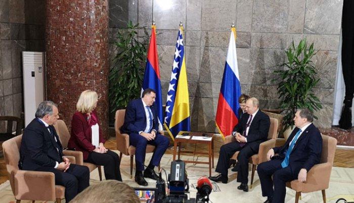 Juče: Putin se sastao sa Dodikom i Cvijanovićevom