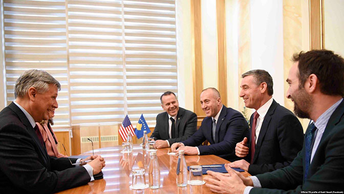 Kosovo: Takse podelile vlast