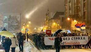 Srbija: Varljivi duh devedesetih – šetati se može dugo, ali ne večno