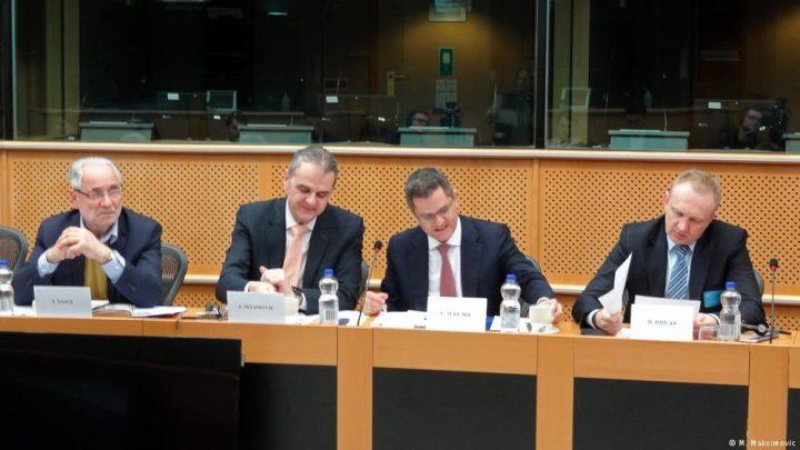 DW o poseti Đilasa i Jeremića Briselu: Protesti su najozbiljnije uzdrmali režim Aleksandara Vučića