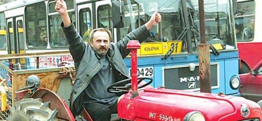 Skupština Srbije: Poslanik Ristićević postao i  filmski kritičar!