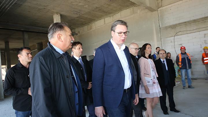 Vučić: Demonstracije moraju biti nenasilne!