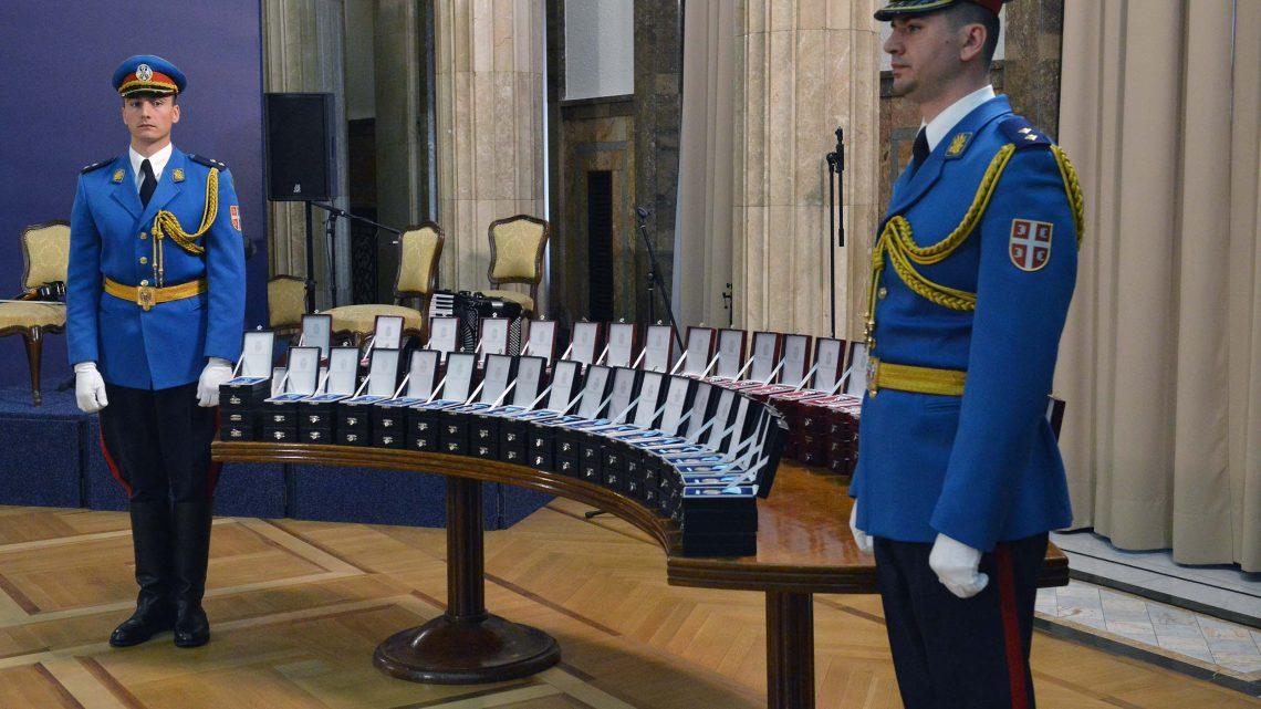 Dan Vojske Srbije: Uručena odlikovanja najboljima