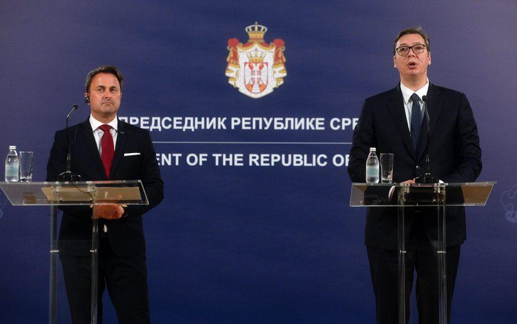BEOGRAD: Vučić razgovarao sa premijerom Luksemburga Betelom