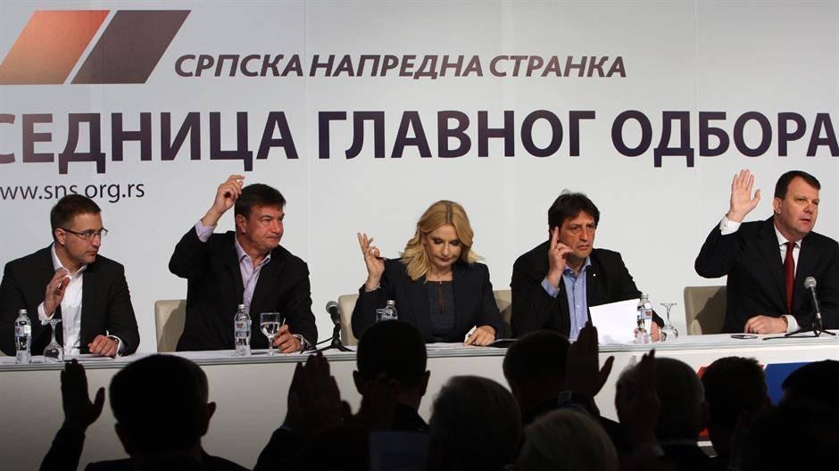 GLAVNI ODBOR SNS: Vučić poručio rukovodstvu – radite kao Kinezi, manite se Versačija i rotacionog svetla