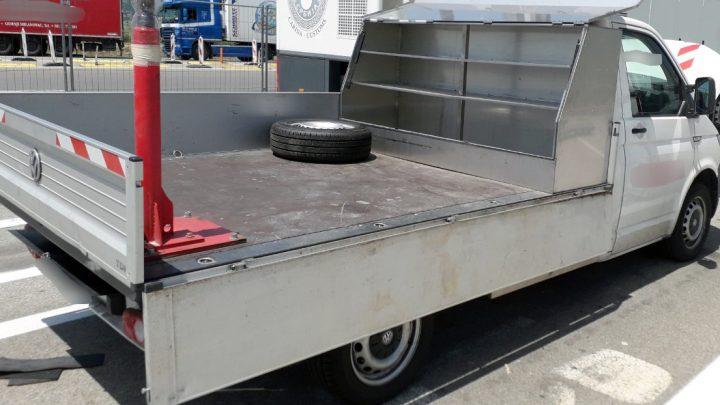 PREŠEVO: U kamionetu – 32 kilograma marihuane!