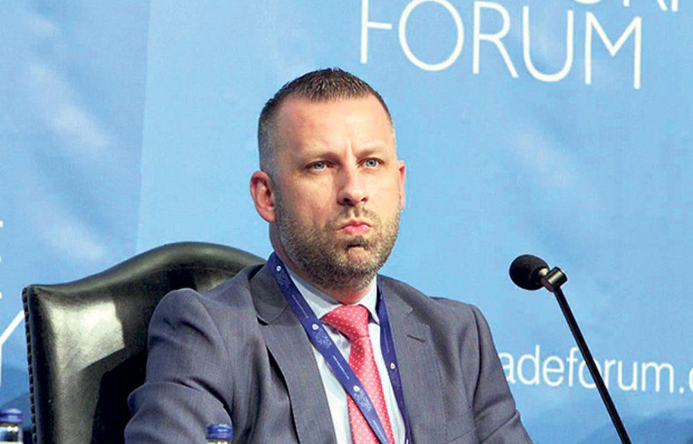 """TOP DESET NAJBOGATIJIH ZVANIČNIKA SA KOSOVA: Dalibor Jevtić """"težak"""" 572 hiljada evra!"""