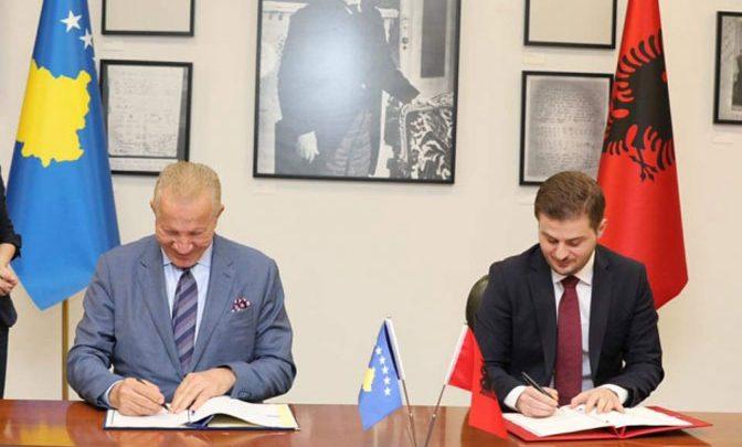 SPORAZUM: Zajednička spoljna politika Kosova i Albanije