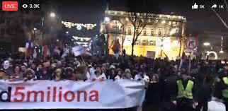 """DEMONSTRANTI NA ANDRIĆEVOM VENCU: Obezbeđenje """"treniralo strogoću""""!"""