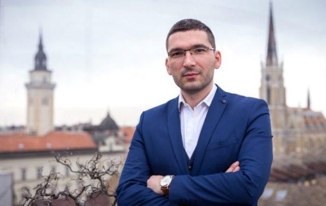 NSP: Promoteru nezavisnog Kosova dali državljanstvo Srbije!!!