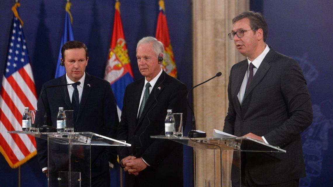 GOSTI IZ SAD: Vučić sa Džonsonom i Marfijem