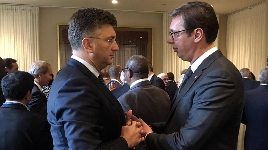 """Vučić odlučio: Ne ide na zagrebački Kongres """"narodnjaka"""""""