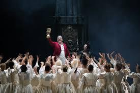NOVI SAD – SRPSKO NARODNO POZORIŠTE: Desetominutne ovacije Faustu