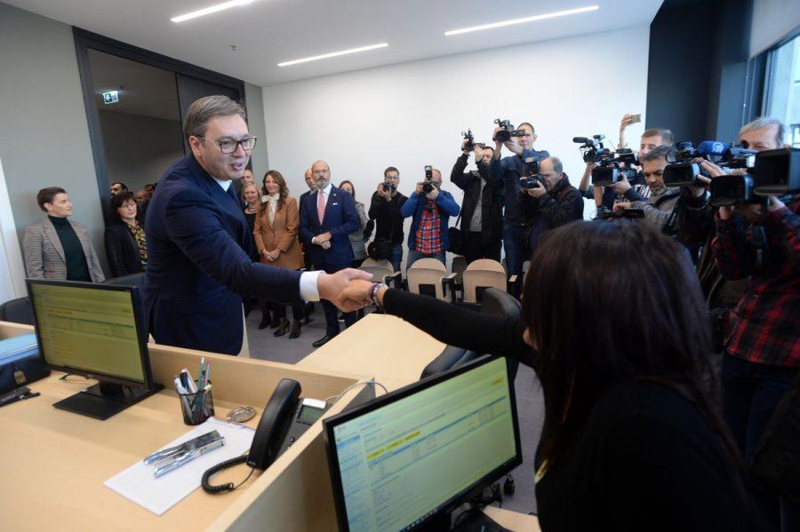 PALATA PRAVDE POČELA DA RADI – VUČIĆ OPOMINJE: Ni otac Nebojše Stefanovića neće izbeći pravdu ako je zakon prekršen!