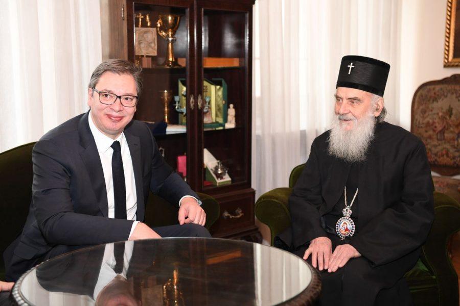 Razgovarali Vučić i Irinej: Šta će se dogoditi ako Crna Gora preuzme Ostrog?