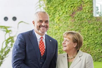 Angela Merkel: O S.Makedoniji i Albaniji u martu!