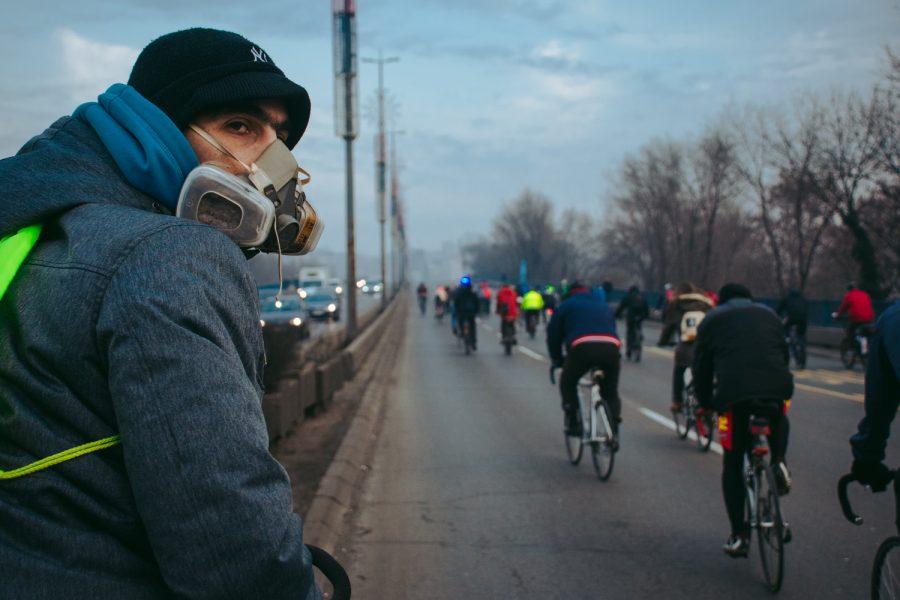 Biciklisti protestvuju: Sve je pod kontrolom – građani se guše!