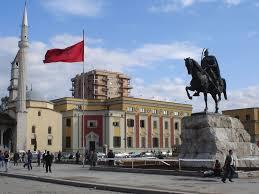 Tirana: Kosovo sa fusnotom i zvezdicom usred Albanije