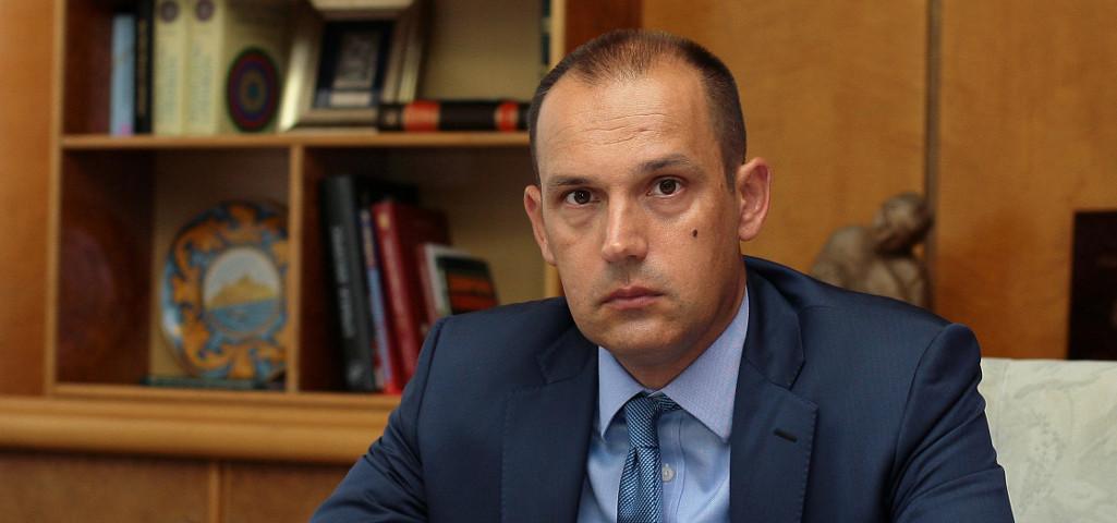 """KONFERENCIJA ZA MEDIJE MINISTRA ZDRAVLJA: Ne postoji """"žarište virusa"""" u Srbiji!"""