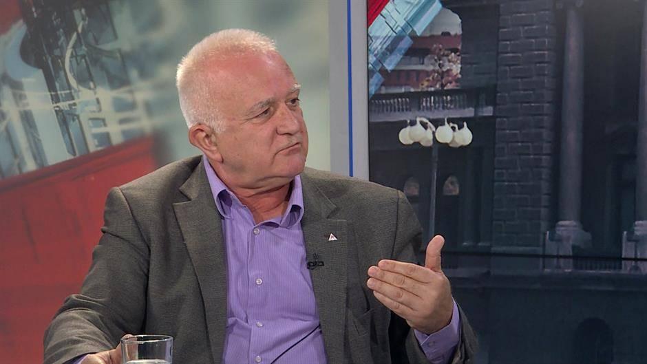 Politički analitičar Dušan Janjić: Ne brine se SPC za vernike, koliko za izgubljenu dobit