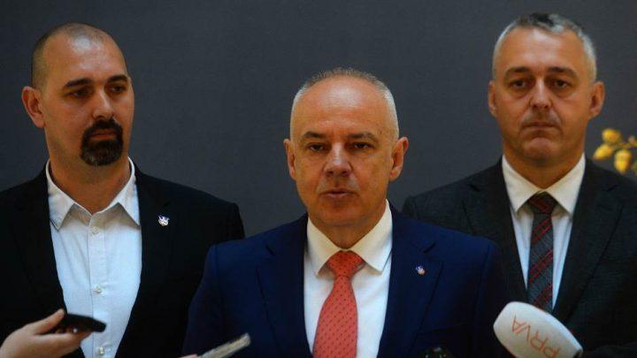 KORONA VIRUS – SRBIJA: Vanredne mere ukinute – ostala zamozaštita!