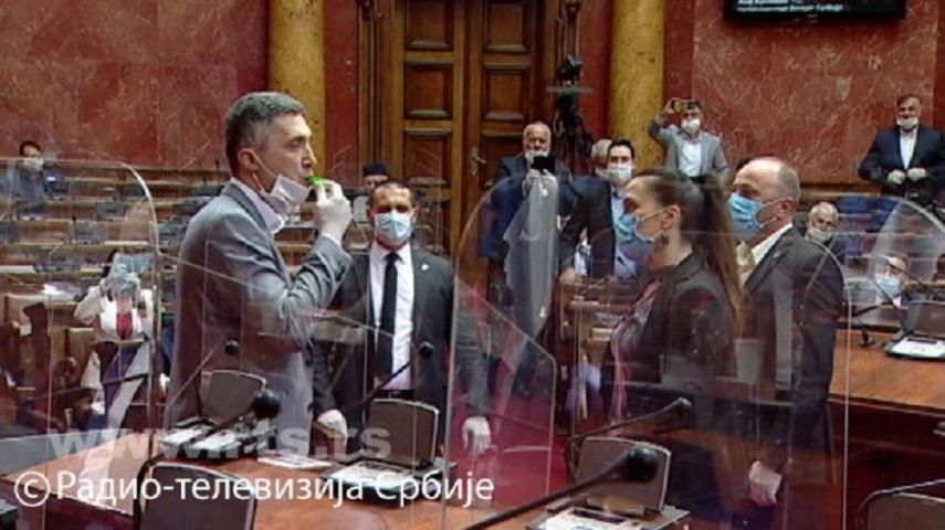SKUPŠTINA SRBIJE: Poslanik Boško Obradović izbačen iz sale!