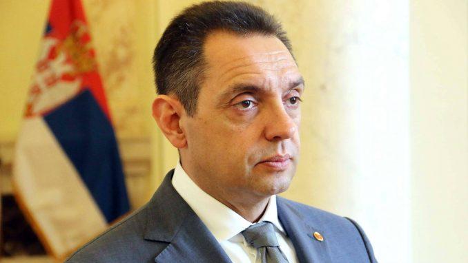 Vulin brani Vučića od Bilta i Zaharove