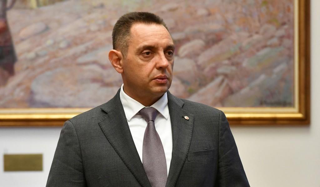Vulin o komentarima na račun Vučelića