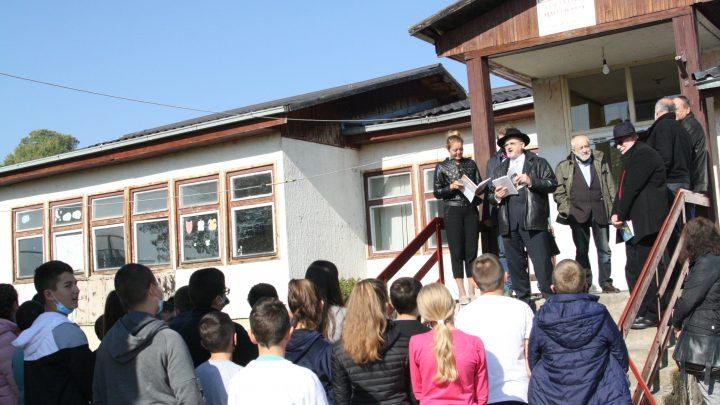 Čuvari tradicije i srpskog jezika