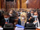 Rasprava o ministarstvima u drugom planu, Ugljanin glavna tema u Skupštini
