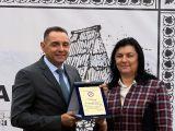 Ministru Vulinu uručena Plaketa za doslednu borbu za opstanak Srba u Republici Srpskoj i zemljama regiona