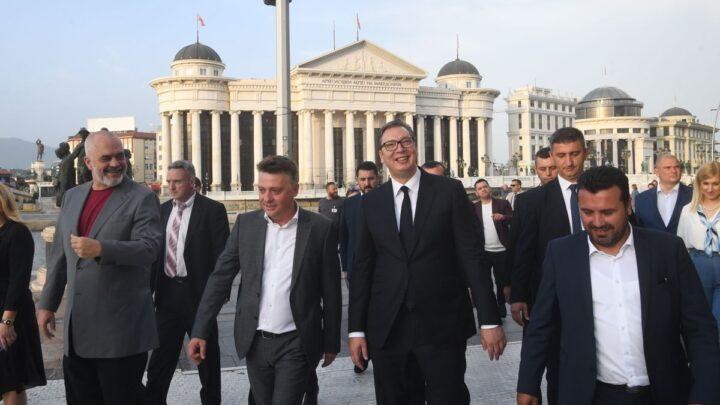 Predsednik Vučić u poseti Skoplju