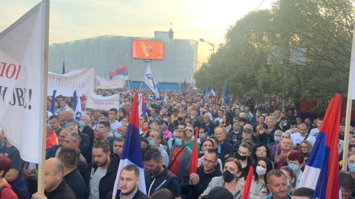 Protesti u Banjaluci i Bijeljini, Stanivuković poručio – ovo je ustanak