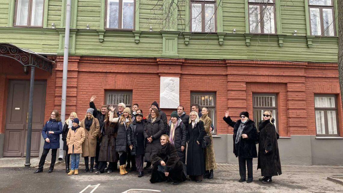 """Представа """"Васа Железнова и други"""" са великим успехом изведена на Руском међународном позоришном фестивалу у Нижњем Новгороду"""