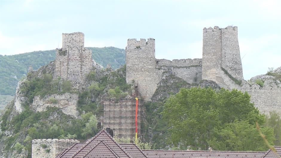 Dogovoreno – nastavlja se finansiranje rekonstrukcije Golubačke tvrđave