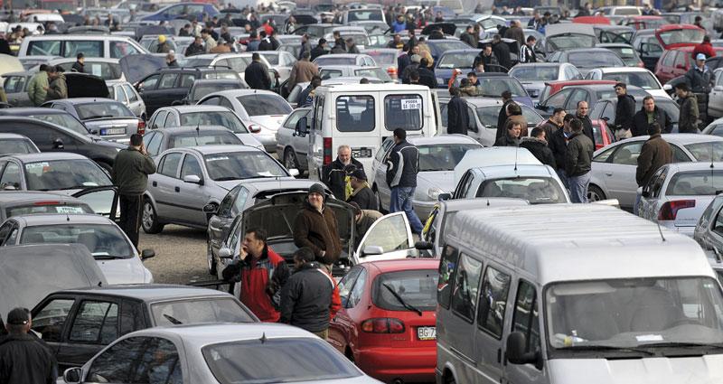 Kragujevac: Lažnim oglasima varali kupce automobila