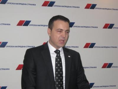 SNS se ogradila od Ivana Manojlovića