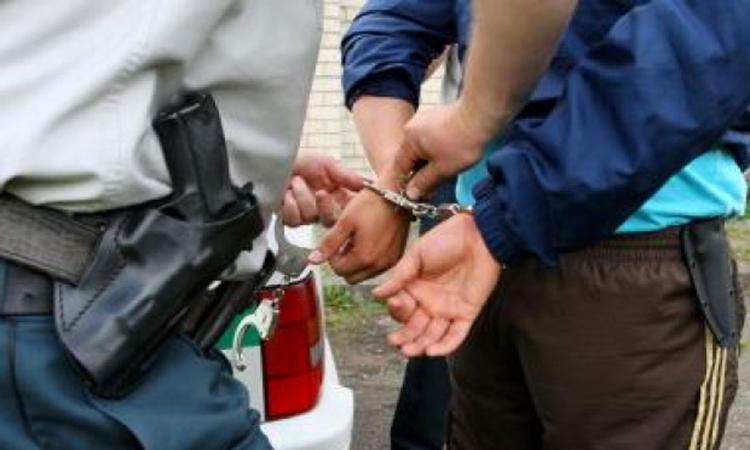 Uhapšeni kradljivci na parkinzima