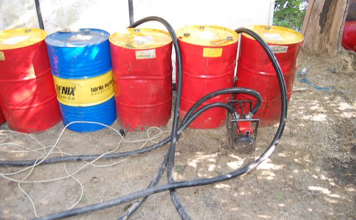 U Kovinu zaplenjeno oko 2.500 litara nafte