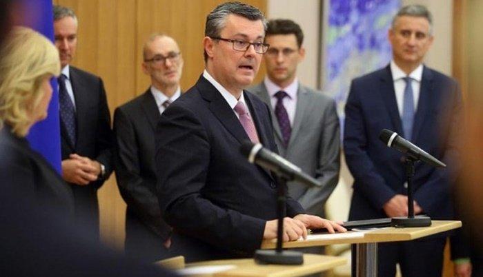 Mandatar hrvatske vlade nema hrvatsko državljanstvo!?