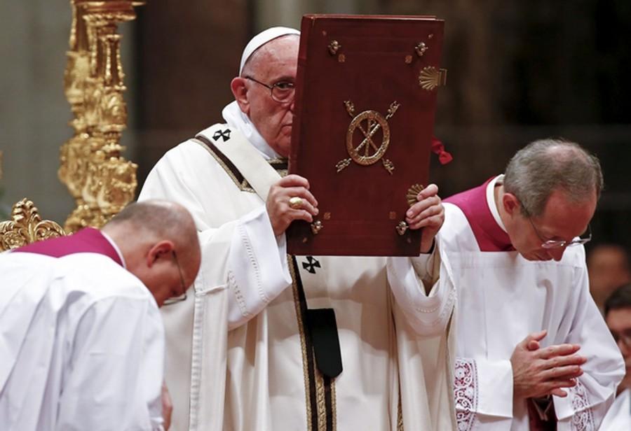 Božićna misa: Papa pozvao na trezvenost i osećaj za pravednost
