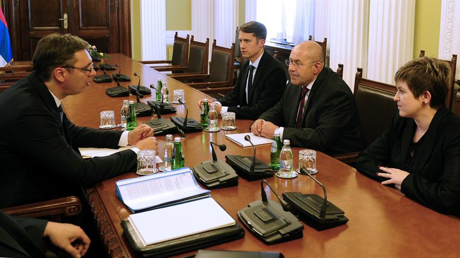 Vučić završio konsultacije sa manjinskim strankama
